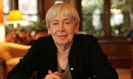 Ursula K. Le Guin, Online Bir Yazarlık Workshop'ı Düzenleyecek!