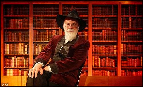 Terry Pratchett'in Eserleriyle İlgili Heyecan Verici Projeler Yolda!