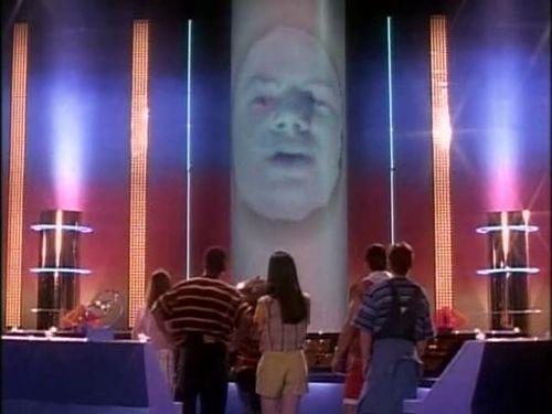 Power Rangers Filminin Zordon'u Belli Oldu!